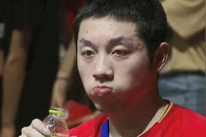韩公赛男单决赛对阵出炉,马龙、许昕上演天地对决,老将故事未完待续,如何评价?