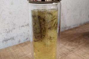 菊花+金银花泡水喝有何效果?