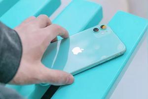 最近想换个手机,预算5000左右(可略超出),有什么推荐吗?