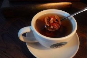 玫瑰花,枸杞子,桂圆,红枣泡茶喝有什么功效与作用