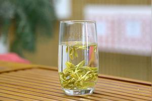 泡龙井茶的最佳温度是多少啊?