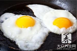 鸡蛋里面可以放糖吗