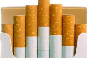 中国公民出境旅游回来每人可携带多少香烟入境