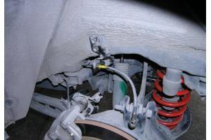 汽车油管是什么材料做的